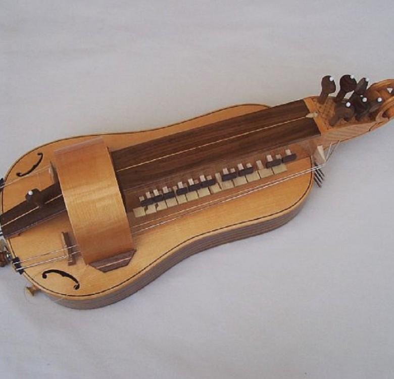 Louvet hurdy gurdy